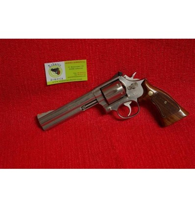 SMITH & WESSON 686 6""